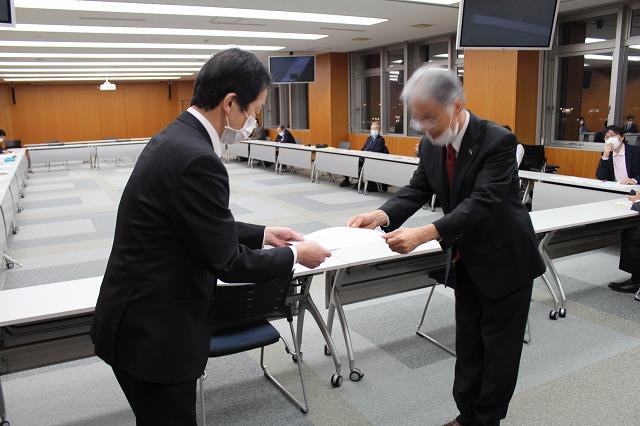 コロナ 病院 ウイルス 県 石川 病院クラスター続発 石川県内、浅ノ川総合でも6人